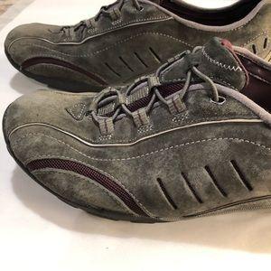 Privo Clark's Grey Athletic Shoes Size 8.5 purple